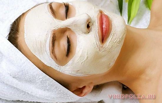Кисломолочные маски отбеливают кожу, питают ее полезными веществами и борются со старением