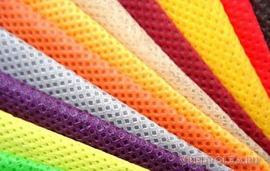 Флизелин - это подкладочный материал. Применяется в торговле, швейной промышленности, полиграфии